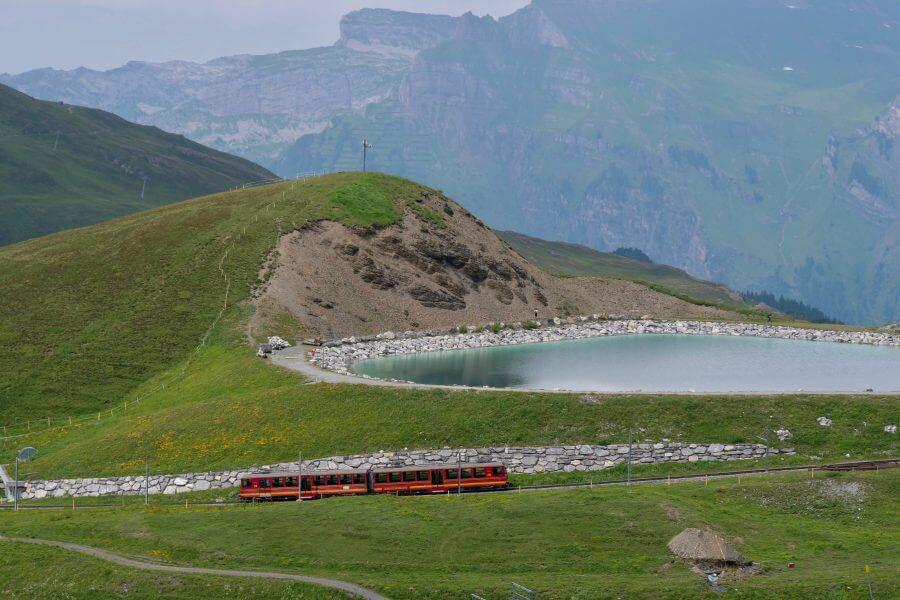 train-suisse