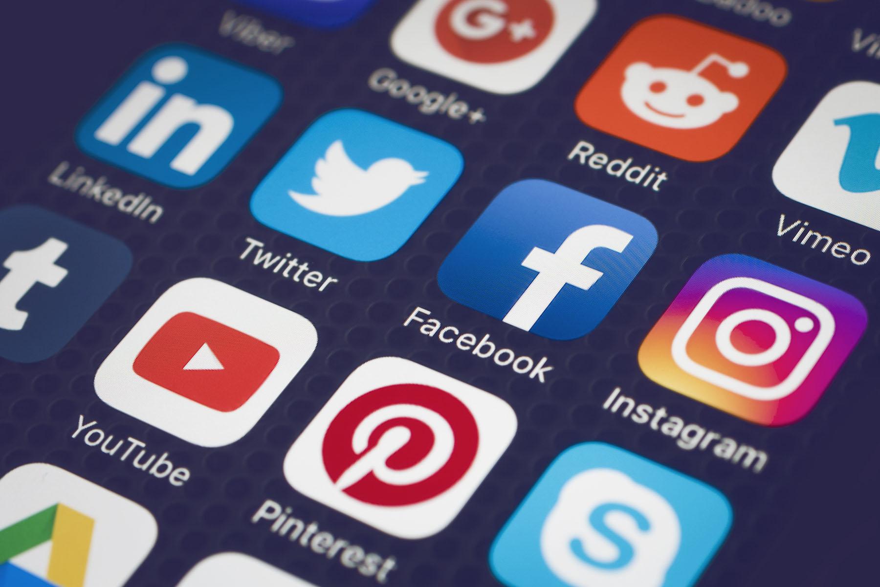 Tailles-images-reseaux-sociaux-2020